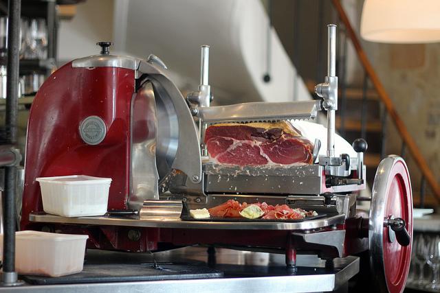 Les Fines Gueules e seu steak tartare