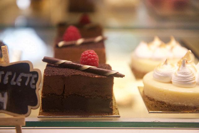 Sweet Café, comidinhas e sobremesas do chef Arnor Porto em SP