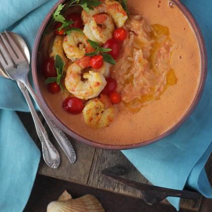 Risoni com camarão ao molho de tomate cremoso