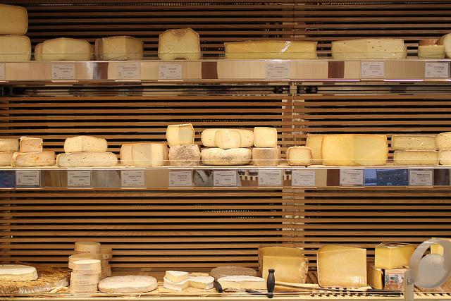 loja-de-queijos-paris